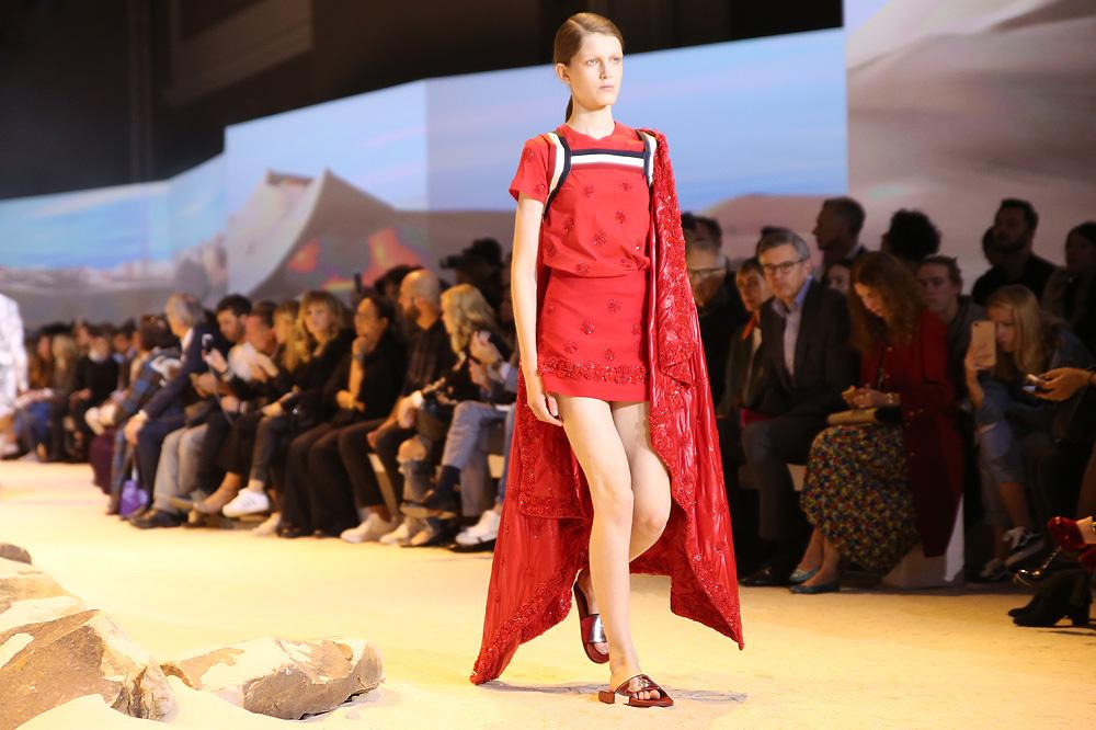 moncler-gamme-rouge_pfw-ss17_le-mot-et-la-chose_copyright-stephane-chemin_16