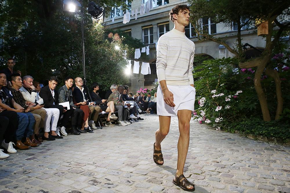 tagged in accessoires mode, actualités internationales, artisanat, artisans  paris, artiste photographe, beauty looks, belgian fashion, belgian fashion  ... de0026f1dc4